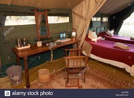 innenaufnahme luxus schlafzimmer im zelt des serengeti