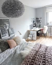 chambre grise et blanc chambre gris blanc cadres chambre avec chambre gris