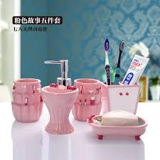 moderne rosa harz badezimmer set fünf stücke bad accessoires zahnbürstenhalter qualität familie einweihungsparty geschenke hochzeitsgeschenk