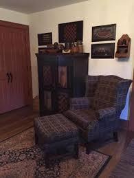 Primitive Living Rooms Pinterest by Love The Dark Olive Green Trim Color Prim Decorating