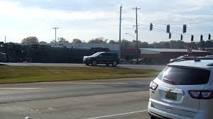 100 Truck Crashes Video Accident Slows Traffic At Wilson StreetSixth Avenue