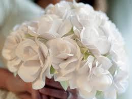 CI Lia Grffin Paper Roses Bouquet 4x3