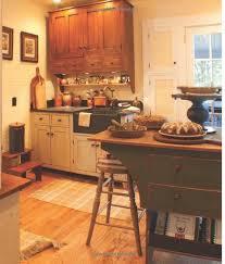Primitive Decor Kitchen Cabinets by 218 Best Primitive Kitchens Images On Pinterest Country Kitchens