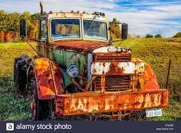 Old Mack Truck Stock Photo: 169697030 - Alamy