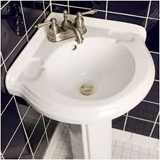 Pedestal Sinks For Small Bathrooms by Bathroom Pedestal Sinks For Small Spaces Marvelous Bathroom