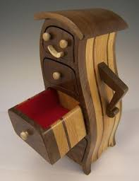Got A Cool Chunk Of Wood Youve Been Holding On To For Just The Right Project How About Bandsaw Box Boxes Are Made Out Using Only