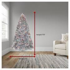 Best 7ft Artificial Christmas Tree by Best 25 Artificial Prelit Christmas Trees Ideas On Pinterest