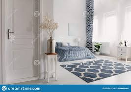 99 New York Style Bedroom Flower In Silver Vase On The Wooden Table Next To Closed