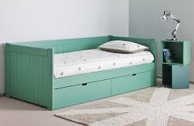 canap lit avec rangement lits avec tiroirs de rangement great lit en bois massif adulte avec