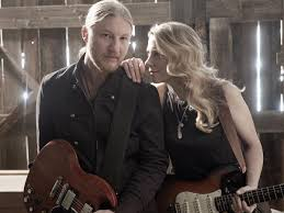 Tedeschi Trucks Band Weds Husband-and-wife Guitar Styles | Music ...
