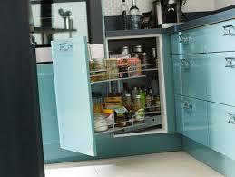 id rangement cuisine 5 id es pour une cuisine maxi rangement c t maison meuble bas angle