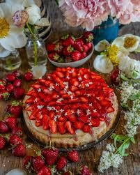 gesunder erdbeer pudding kuchen vegan zuckerfrei mrs flury