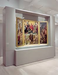 By Uniform Wall Floor And Lighting Treatments In Addition VHA Designed Carefully Detailed Freestanding Walls Display Cases For The Entire Museum