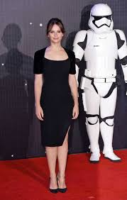 Halloween Wars 2015 New Host by Star Wars U0027 Daisy Ridley Is Belle Of The Ball At U0027force Awakens