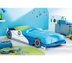 chambre voiture garcon lit enfant voiture grand prix bleu lits but