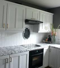installing kitchen backsplash tile how to install a subway tile