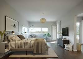 moderner und energieeffizienter bungalow wohnen auf einer