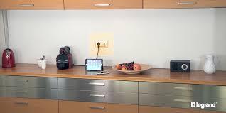 installer une prise électrique avec chargeur usb espace