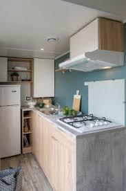 cuisine entierement equipee cuisine entièrement équipée mobile home photo de cing