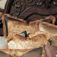 Elizabeth Luxury Bedding by Michael Amini Bedding Collection from