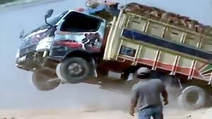 Best TRUCK Fails Compilation ☆ Funny Truck FAIL Videos 2016 ...