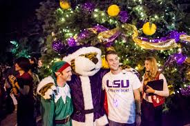 LSU Student Union A Poses With Mike The Tiger In Santa Costume And An Elf Front