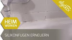 silikonfugen im bad erneuern wenn sich schimmel in den fugen breit macht