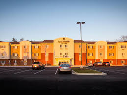 One Bedroom Apartments In Auburn Al by Auburn Hotels Candlewood Suites Auburn Extended Stay Hotel In
