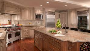 While It Is Still Being Installed All The Time Now Days You Will See A Lot Of Homes From 80s 90s With This Granite Traditional Kitchen Design