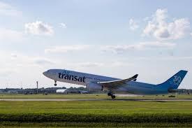 passagers coincés air transat offre une compensation de 400 par
