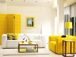 yellow living room paint alternatux