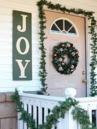 Outdoor Christmas Decorating Ideas Front Porch by 159 Best Christmas Decorations Images On Pinterest Country