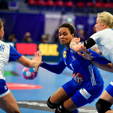 HandballEM Der Frauen Frankreich Startet Mit Niederlage
