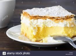 nahaufnahme vanille pudding kuchen stockfotografie alamy
