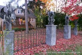 Halloween Cemetery Fence Ideas by How To Faux Wrought Iron Fence Stolloween