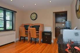 2 Bedroom Apartments In Linden Nj For 950 by Rent Apartments In New Milford Nj Brookchester Apartments