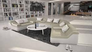 rund sofa mit bezug aus creme weißem kunstleder 410x272 cm