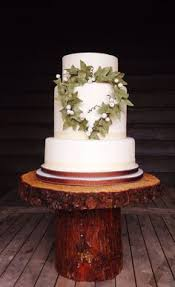 Rustic Wedding Cake With Ivy Heart By Flossie Pops Cakery Flossiepopscakeryco