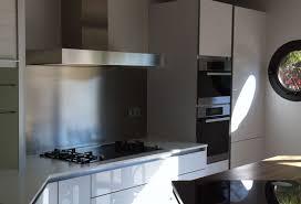 fond de cuisine hauteur standard hotte de cuisine 14 cr233dence inox fond de