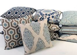 Decorative Couch Pillow Covers by Best 25 Beige Pillows Ideas On Pinterest Neutral Throws Living
