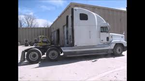 100 Hill Bros Trucking 2000 Freightliner FLD120 Semi Truck For Sale Sold At Auction April