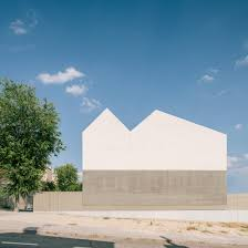 100 Travertine Facade Steyn Studios Concrete And Travertine Sierra House Has A