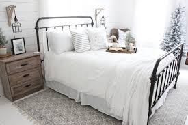 For Our Bedroom I Chose To Keep The White Bedding Used Christmas On Bed Me It Had Winter Written All Over Love How Fresh
