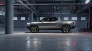100 Ford Trucks Suck Why The Rivian R1T Isnt The EV Truck To Convert Pickup