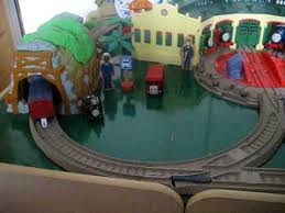 thomas trackmaster at tidmouth shed video avi youtube