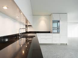 eclairage plan de travail cuisine éclairage plan de travail critères de choix et prix ooreka