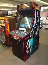 Mortal Kombat Arcade Cabinet Specs by Mortal Kombat 2 Classic Arcade Game Arcade Games Mortal Kombat