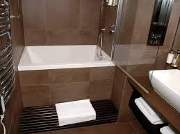 Simple Bathroom Designs With Tub by Download Small Bathroom Designs With Tub Gurdjieffouspensky Com