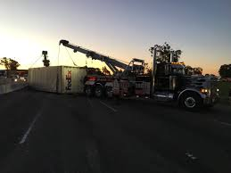 100 Fedex Truck Accident Southbound I880 Reopens In Oakland After Fatal Crash Involving