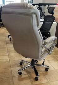 Big And Tall Executive Chair (Rated 500 Lbs.) - Office ... Serta Big Tall Commercial Office Chair With Memory Foam Multiple Color Options Ultimate Executive High Back 2390 Lifeform Chairs Charcoal Fabric Padded Flip Arms 12 Best Recling Footrest Of 2019 Safco Serenity And Highback Hon Endorse Hleubty4a Adjustable Arms Lazboy Leather Galleon 2xhome Black Deluxe Professional Pu Ofm Fniture Avenger Series Highback Onespace Admiral Iii Mysuntown Bonded Swivel For Users Ergonomic Lumbar Support